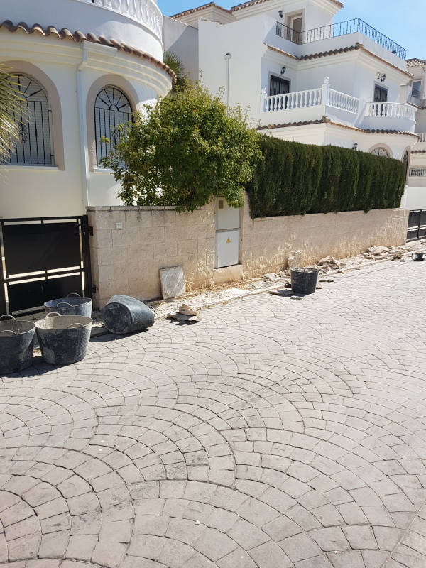 Replace Water Mains Pipe Project